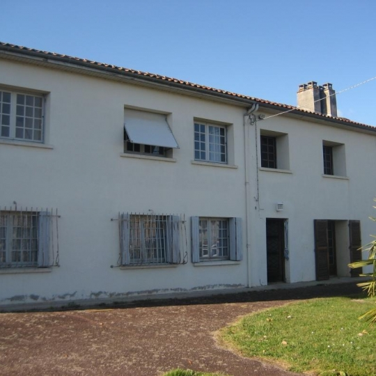 GERBEAUD IMMOBILIER : House | PUJOLS-SUR-CIRON (33210) | 176.00m2 | 215 000 €